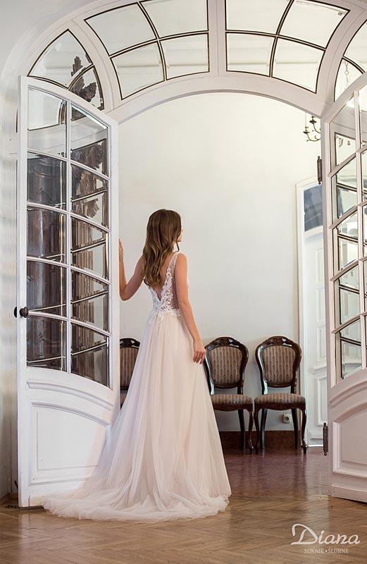 0561ea563b Suknia ślubna Diana Butterfly - ❤️Profesjonalne salony ślubne ze ...