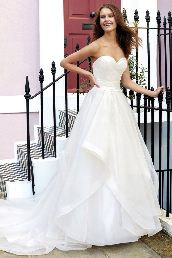 Suknia ślubna Adore 11137