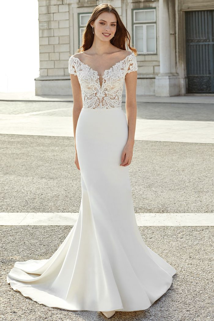 Suknia ślubna Adore 11155