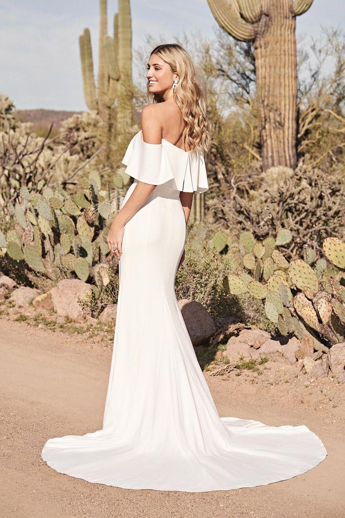 Suknia ślubna Lillian West 66151