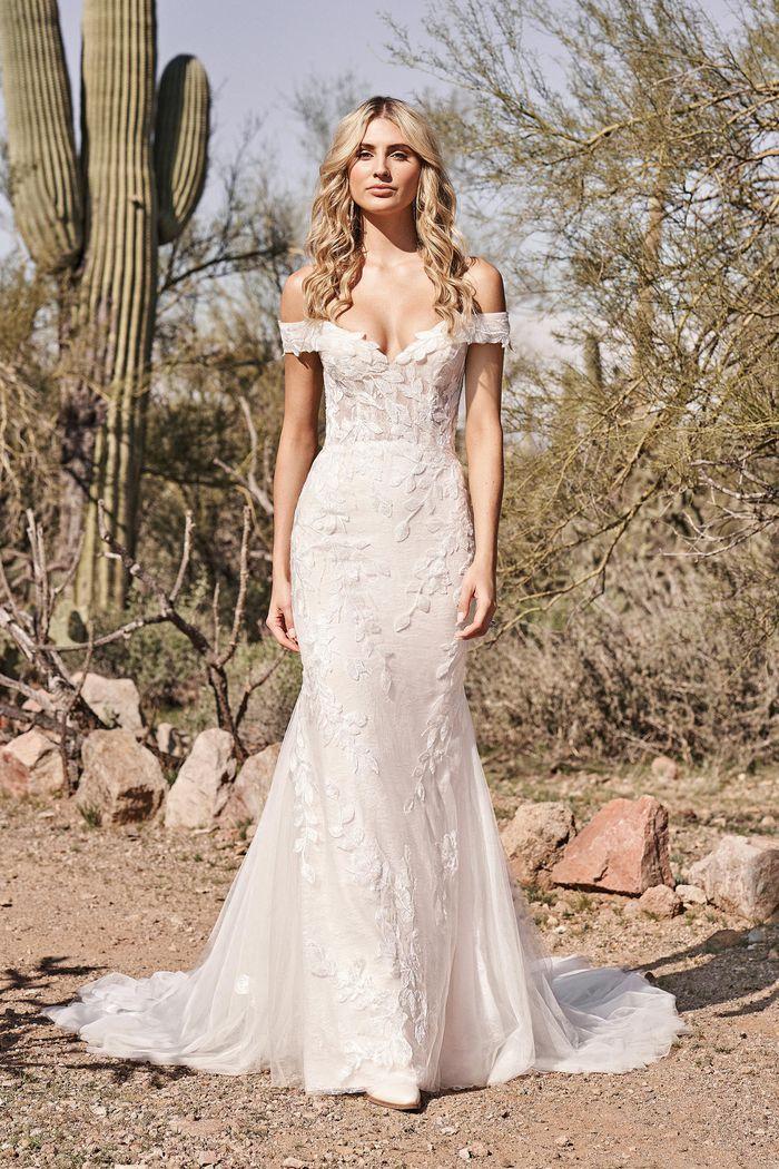 Suknia ślubna Lillian West 66160