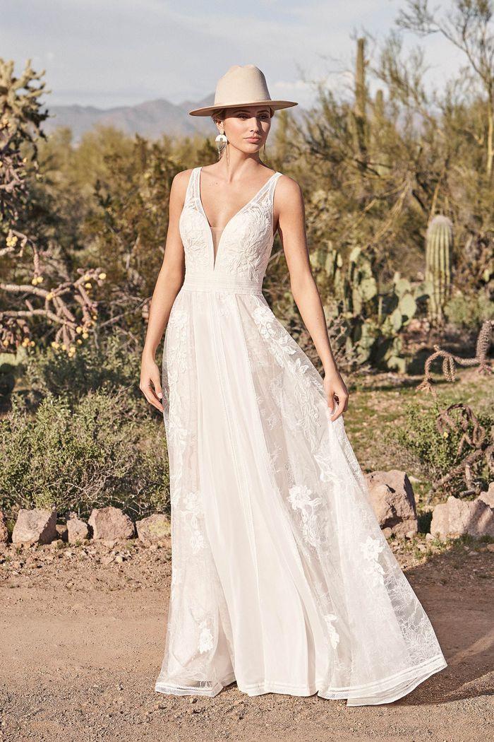 Suknia ślubna Lillian West 66166