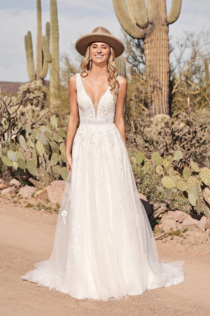 Suknia ślubna Lillian West 66170