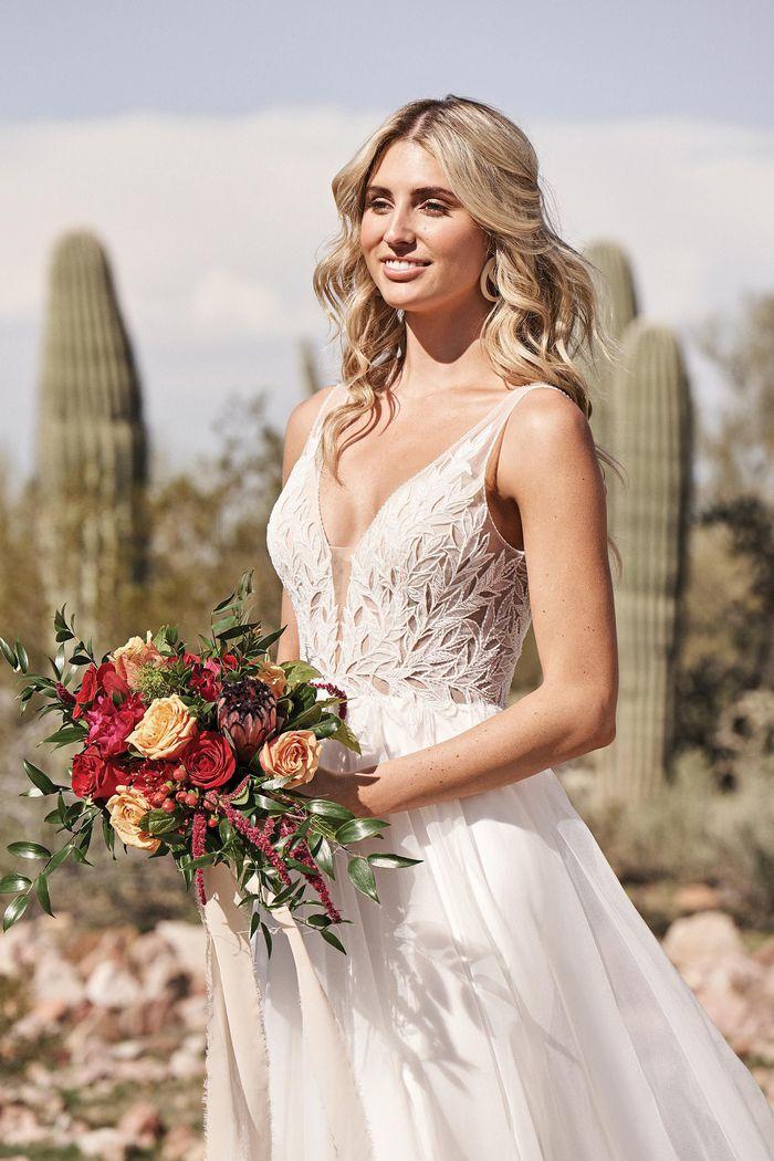 Suknia ślubna Lillian West 66173